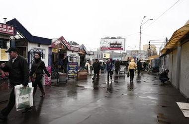В Киеве перестали принимать документы на установку новых ларьков