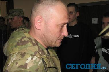 """Жители Донбасса просят """"Правый сектор"""" навести порядок - Ярош"""