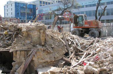"""В скандальном """"Климовском квартале"""" в Одессе начали демонтировать дома"""