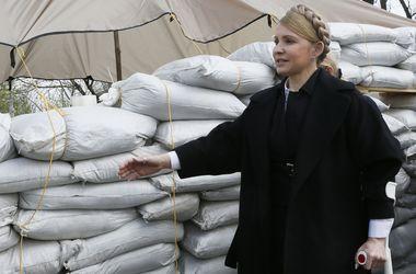 Тимошенко отправилась на переговоры с сепаратистами Луганска