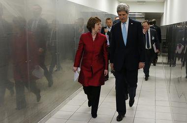 Эштон и Керри призвали к выполнению Женевских соглашений