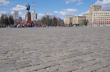 В Харькове на пророссийском митинге обсуждают кто лучше, Янукович или Тигипко