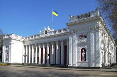 Число кандидатов в мэры Одессы растет, а отказник хотел построить метро