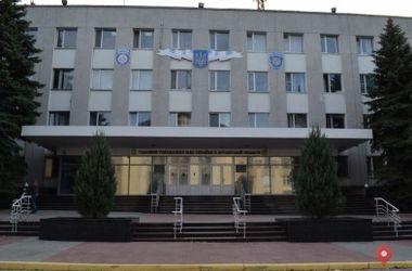 В здание облмилиции в Луганске летели камни и светошумовые гранаты