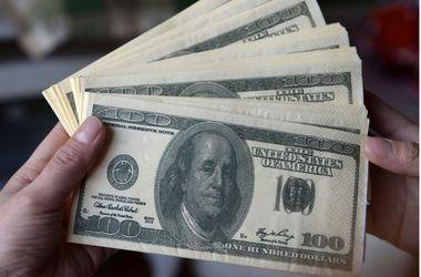 Курс валют на 30 апреля: Доллар в обменниках подскочил до 12 грн