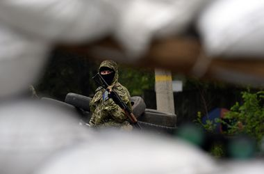 Силовики уничтожили засаду террористов в районе Славянска - Аваков