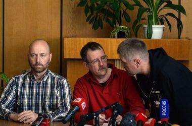 Захваченные в Славянске представители ОБСЕ вышли на связь – МИД ФРГ