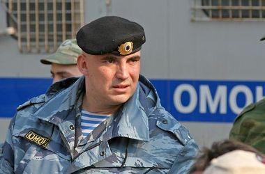 Возле Армянска дорогу перекрыли вооруженные бойцы российского ОМОНа