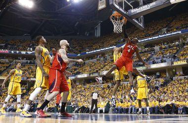 """""""Оклахома"""" и """"Индиана"""" вышли в четвертьфинал плей-офф НБА"""