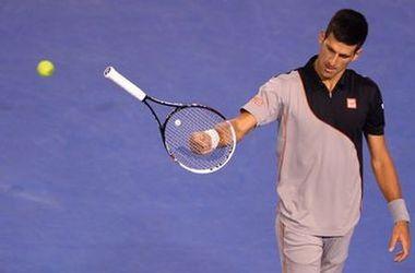 Новак Джокович снялся с турнира в Мадриде из-за травмы руки