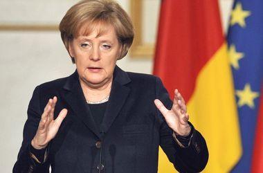 Меркель заверила Турчинова в своей поддержке