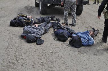 Под Херсоном вооруженные люди пытались прорваться сквозь блокпост