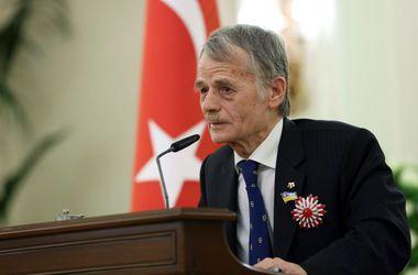 Крым покинули около пяти тысяч крымских татар - Джемилев