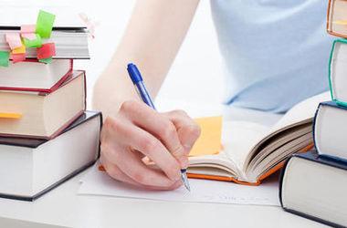 Ученые объяснили, почему важно писать от руки