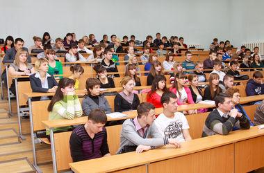 Одесским вузам рекомендуют прекратить занятия из-за событий в городе