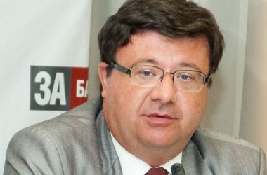 """В """"Батькивщине"""" тоже недовольны Турчиновым, но просят его не увольнять"""