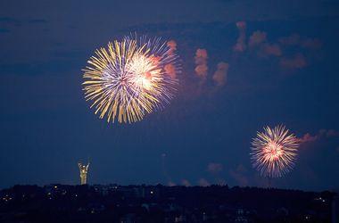 В День Победы в семи городах состоятся праздничные фейерверки с двадцатью залпами