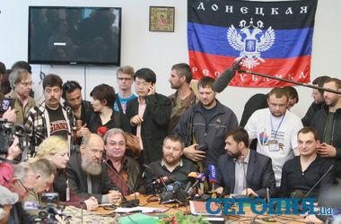Донецкие сепаратисты хотят провести не один, а два референдума
