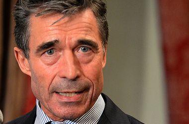 В МИД РФ указали на проблемы со зрением у генсека НАТО