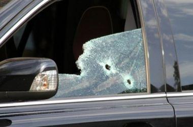 Около пограничного пункта расстреляли два внедорожника, есть жертвы