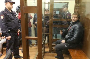 Известный боец Емельяненко арестован на полтора месяца