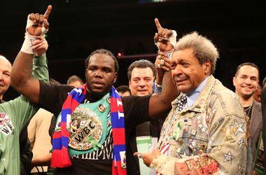 Новый чемпион WBC Стиверн сможет выйти против Кличко только в третьем поединке