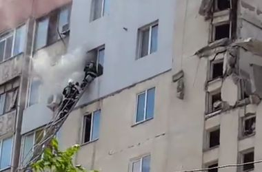 Как работают спасатели на месте взрыва дома в Николаеве