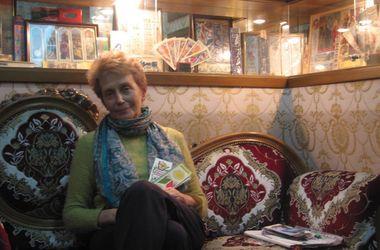 Украинка собрала уникальную коллекцию книжных закладок из разных стран