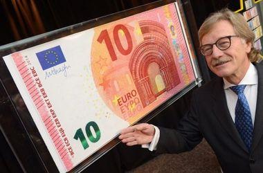 ЕС представил новые банкноты в 10 евро