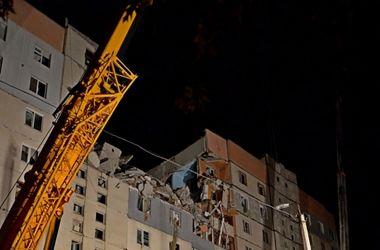 Спасатели вытащили из-под завалов жилого дома в Николаеве тела 3 погибших и 5 пострадавших