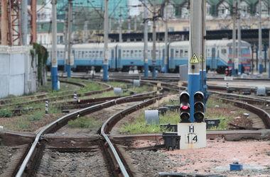 Из-за проверок на границе с Крымом каждый день опаздывают 26 поездов