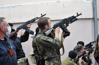 Отбитый у украинских пограничников Болотов прибыл в Луганск