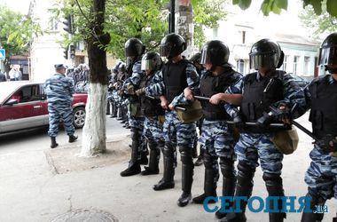 Российская власть в Крыму выставила ОМОН для противодействия траурным митингам крымских татар - Тымчук