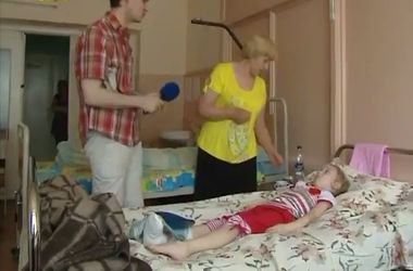 Подробности стрельбы в Макеевке: 7-летняя девочка получила пулю в ногу, а женщина лишилась глаза