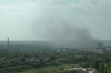 В Краматорске целый день идет бой, в окна домов летят пули