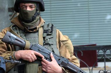 Боевики расстреляли пенсионера на глазах родных за то, что возил продукты военным - СМИ