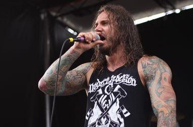 Известного рок-музыканта приговорили к 6 годам за попытку убить жену
