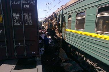Число жертв столкновения поездов в России увеличилось
