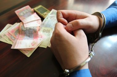В Киеве мошенники вместо уплаты налогов требовали из бюджета 57 миллионов гривен