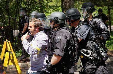 В Чикаго арестовали около 100 сотрудников McDonald