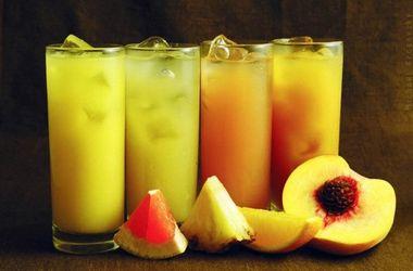 Почему фруктовые соки могут быть вредны