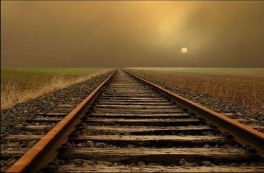В Донецкой области диверсанты взорвали железнодорожные рельсы