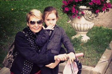 Певица Катя Лель живет в страхе за будущее своей дочери