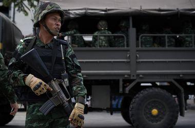 Военные запретили покидать Таиланд ключевым политикам