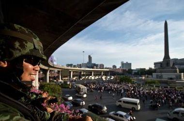 В Таиланде военные распустили сенат