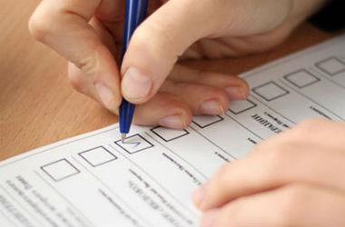 В Донецкой области началось голосование на 308 избирательных участках
