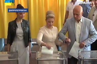 Как Тимошенко голосовала на выборах
