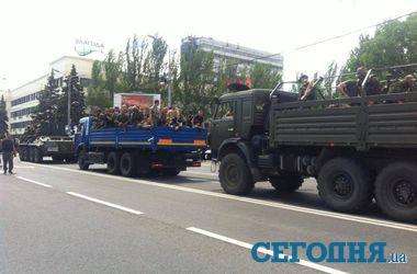 Выборы на Востоке Украины: закрытые участки, угрозы террористов и стрельба