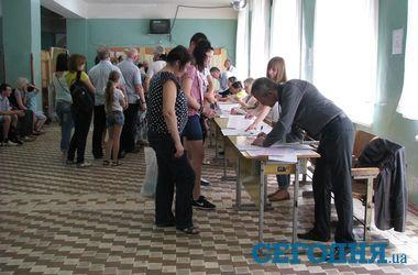 Выборы в Одессе: запрет на съемки, очереди и участок-невидимка