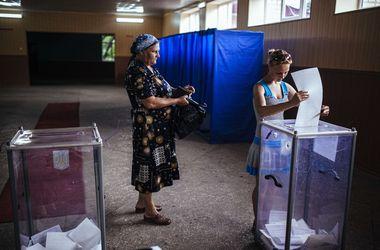 На избирательном участке в Киеве, который блокировала самооборона Майдана, продолжают голосовать